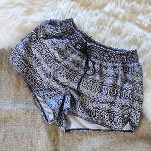 💜 Old Navy Swim Shorts